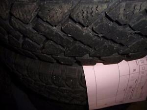 4 pneus d'hiver 205/50/17 Pacemark Snowtrakker Radial ST/2