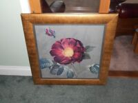 PAIR OF FLOWER PICTURES IN GOLD FRAME