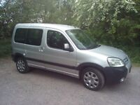 Peugeot Partner (berlingo) 1600 hdi. Mot october