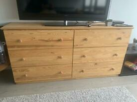 Natural Wooden Chest of 6 Drawers