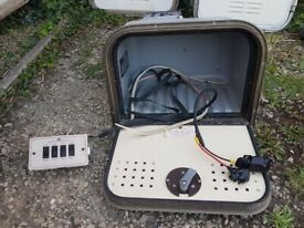 Caravan camper motorhome battery box with battery charger, power management and fuse box + 1key.