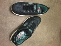 Sketchers trainers women's only worn 3 times like new size 7 Dereham Collect only.
