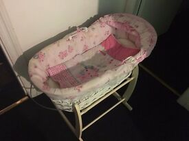 Girls Moses Basket& Baby Swing