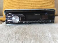 Pioneer DEH-150MP CD player with aux