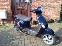 2005 Vespa LX 50 automatic scooter, new 12 months MOT, 2 stroke, performance exhaust, good runner,,,