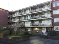 2 Bedroom Flat, 2nd Floor - Union Street, Stonehouse, Plymouth, PL1 3HW