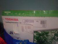 "Black 24"" flat screen Toshiba HDTV USB led back light telly"