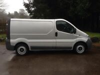 I LOOKING AFTER RENAULT TRAFIC OR VAUXHALL VIVARO FOR SPARES OR REPAIRS