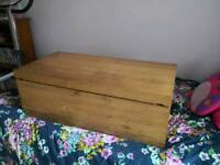 Coffee table really good condition