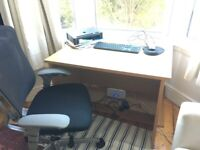 DESK Beech, 1000x800x730mm. Excellent Condition. Collection Fishponds, OFFERS ACCEPTED