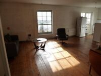 Double room available in great converted warehouse in Stoke Newington
