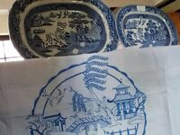 Vintage willow pattern plates