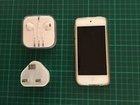 Gold Apple iPod Touch 16gb, Dec 2016, Perfect condition, No Scratches, Like New