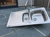 Kitchen sink & mixer tap