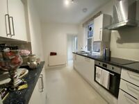 Spacious 1 bed flat with a private patio in the heart of Clerkenwell moments to Exmouth Market