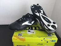 4 pairs of adult football boots