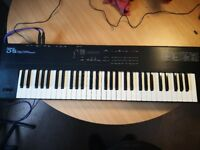Roland D5 Keyboard Synthesiser Project Piece! c/w heavy duty carry case. Collect LL14
