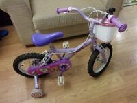 Child's Bike with stabilisers