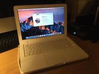 Apple MacBook OSX Sierra 1TB - 6GB Ram