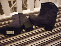 Next - Dark Blue Boots - Size 4 / 37 - BRAND NEW
