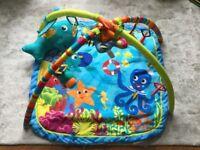 Fisher-Price baby-gym / playmat