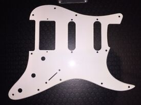 11-Hole HSS Stratocaster Scratchplate (White)
