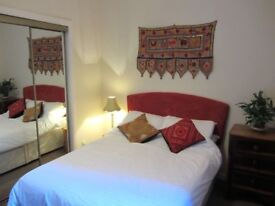 Peaceful room in heart of the west end, all-inclusive