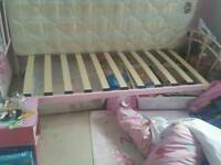 Girls bedframe