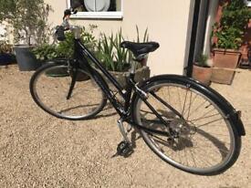 Ladies Hybrid bike Giant Alus CRS
