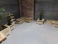 Bespoke dog kennels & planters