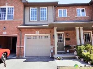 $359,000 - Townhouse for sale in Stoney Creek