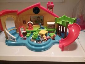 little people play center