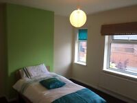 1 Bedroom Available on Langwith Road, Shirebrook. Call Michelle on 07412707498.