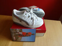 BRAND NEW IN BOX MBT WOMEN'S FITNESS SHOES - WHITE - SIZE EU 35 / UK 2.5