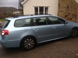 VW Passat Estate blue motion