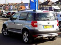 SKODA YETI 2.0 TDi 140 SE Plus 4x4 Station Wagon (blue) 2012