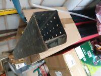 Box door lintel
