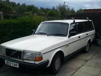 1992 Volvo 240 se Estate White