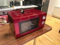 Basic microwave, 700 Watts