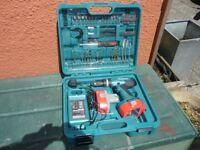 MAKITA 18V MODEL 8391D HAMMER DRILL AND 101 PC ACCESSERY KIT