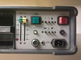 ELINCHROM 3000 POWERPACK c/w S3000 FLASH HEAD