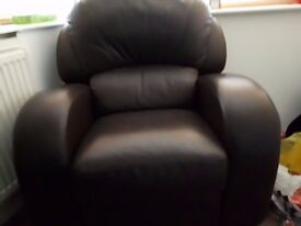 Leather reclining armchair. Great condition. Back comes off for transportation £79 ABSOLUTE BARGAIN