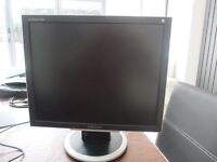 SAMSUNG 19 INCH TFT FLAT SCREEN PC MONITOR