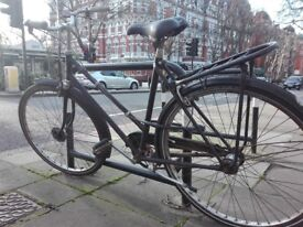 Ladies bicycle with new saddler and cable lock included