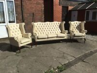 LEATHER CHESTERFIELD QUEEN ANNE SUITE 3 PIECE SUITE 3 SEATER 2 CHAIRS CAN DELIVER