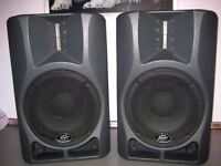 PEAVEY IMPULSE 'D' PA POWERED SPEAKERS