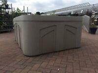 Freeflow Azure Hot tub