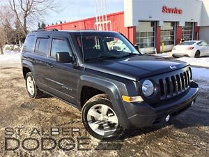 2014 Jeep Patriot NORTH 4X4 w/ heated seats