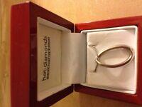 Genuine Hot Diamonds Halo Oval Sterling Silver necklace