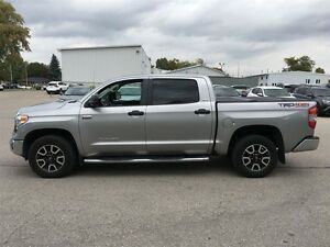2015 Toyota Tundra 4x4 CrewMax SR5 5.7 6A London Ontario image 2
